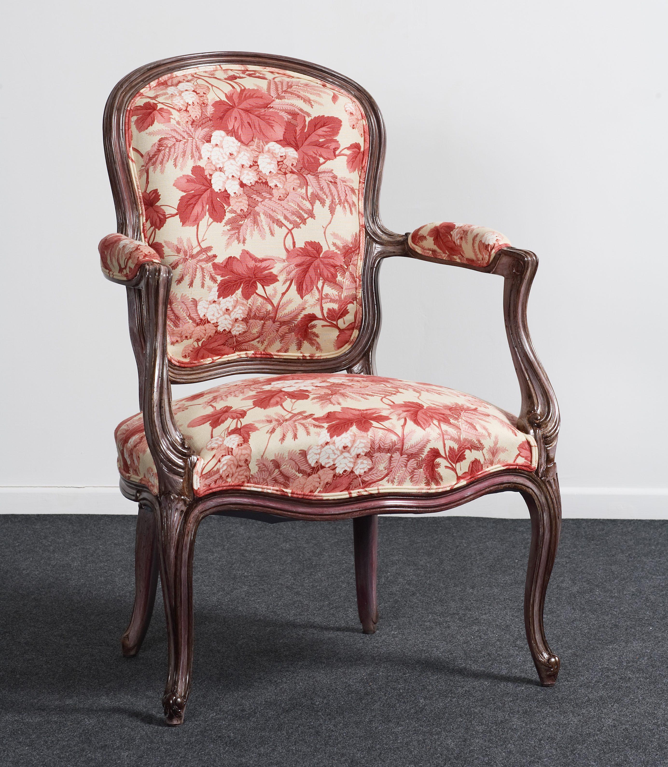 fauteuil de salon style louis xv balzarotti cr ateur de meubles et si ges. Black Bedroom Furniture Sets. Home Design Ideas