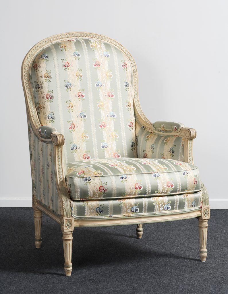 balzarotti cr ateur de meubles et si ges berg re. Black Bedroom Furniture Sets. Home Design Ideas
